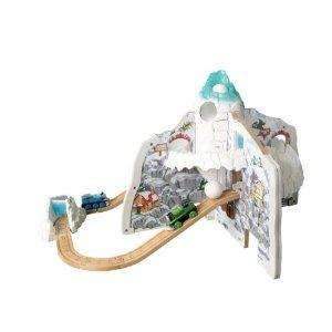 Learning Curve Thomas & Friends Avalanche Playable Set - £36.15 @ Amazon