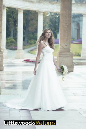 Nicholas Millington Organza Blossom Wedding Dress Sz 8 - now only £49.99 delivered at eBay Littlewoods Outlet
