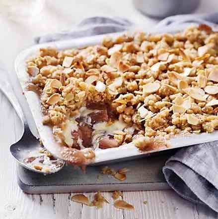 M&S Rhubarb Crumble 600g - £1.00